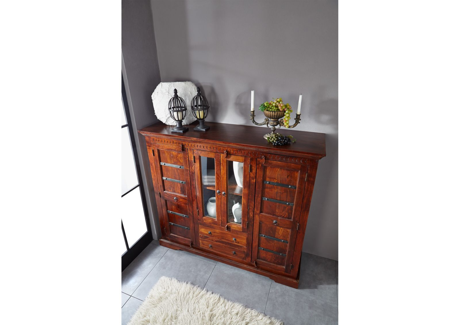 Highboard der m belserie oxford aus altholz for Esszimmer kolonialstil