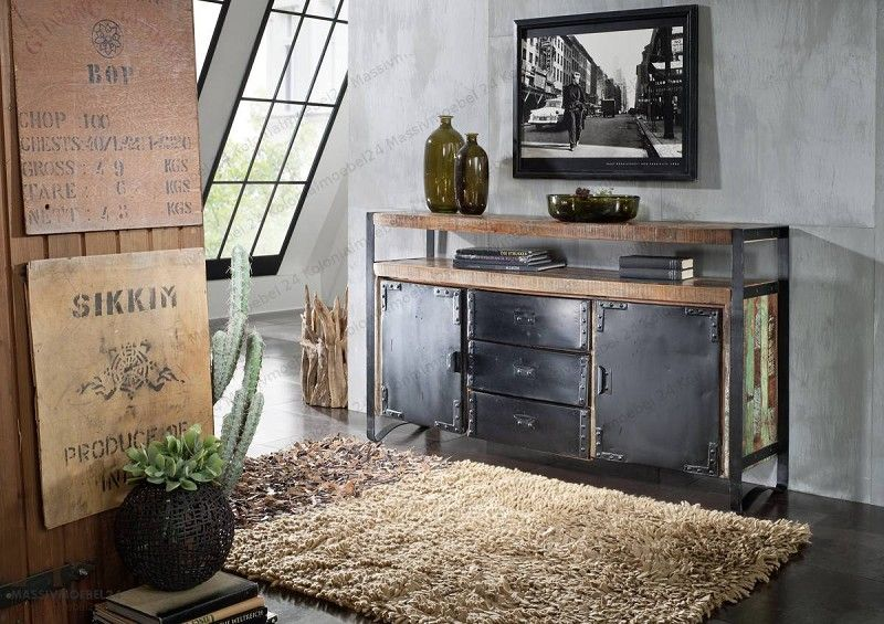 sideboard der serie industrial aus eisen und altholz. Black Bedroom Furniture Sets. Home Design Ideas