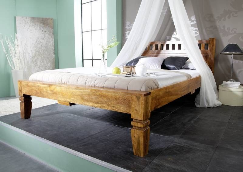 220 bett finest bett wildeiche massiv cm eichefarben. Black Bedroom Furniture Sets. Home Design Ideas