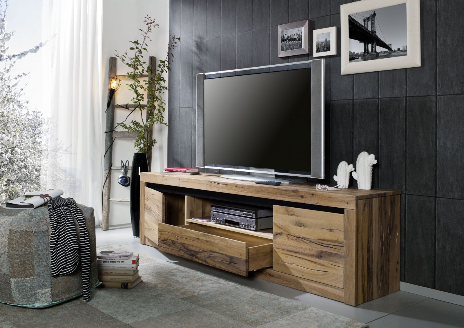 tv board wildeiche 202x42x55 tabacco brown ge lt montreux 305. Black Bedroom Furniture Sets. Home Design Ideas