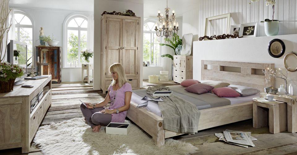 nature white vitrine 65 akazie get ncht m bel. Black Bedroom Furniture Sets. Home Design Ideas